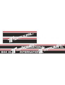 International 844 XL